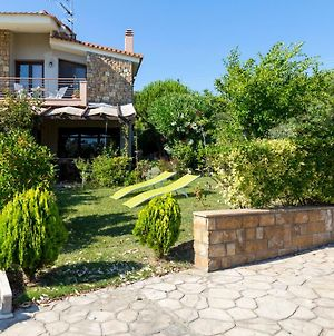 Villa Kristin - Great Location, Sea Views, Bbq photos Exterior
