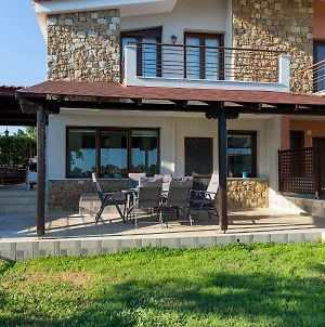 Villa Kristin 2 - Great Location, Sea Views, Bbq photos Exterior
