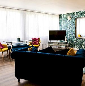 Chic Apartment 6 Sleeper With Parking, Castle 500M photos Exterior