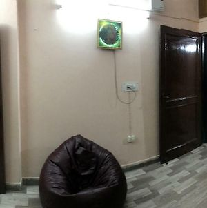 Quite And Cozy Place In Lajpat Nagar photos Exterior