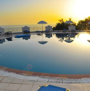 Holiday Apartments With Pool Maria On Agios Gordios Beach photos Exterior