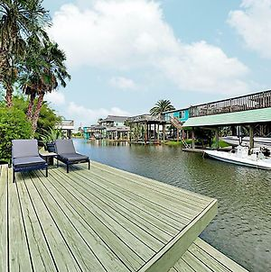 "New Listing! ""The Palms"" - Canal Home On Double Lot Home photos Exterior"