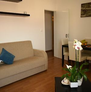 Private Cozy Apartment For 3 Guests Free Wi Fi photos Exterior