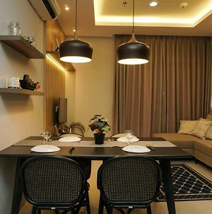 Comfy And Modern 2Br At Ciputra International Apartment By Travelio photos Exterior