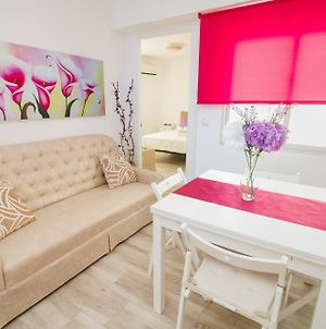 Modish 3 Bedroom Apartment In Malaga By La Recepcion photos Exterior