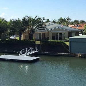 Private Canal Duplex With Pontoon - Oleander Drive, Bongaree photos Exterior