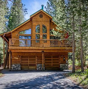 Tranquil And Snug Tahoe Donner Cabin With Pool Table photos Exterior