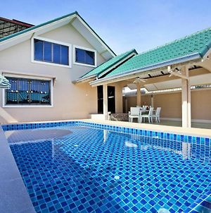 Pool Villa Tanzanite Near Walking Street photos Exterior