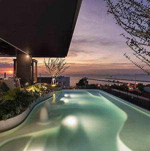 X2 Vibe Pattaya Seaphere Residence photos Exterior