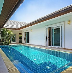 Rossawan Pool Villa 3 Bed photos Exterior