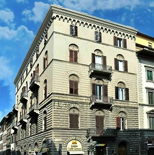 Charming Suite Cavour Heart Of Florence photos Exterior