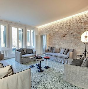 Stunning Modern Apartment In The Heart Of Venice photos Exterior