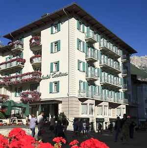 Cortina photos Exterior