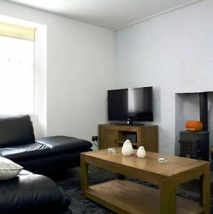1 Bedroom Central Apartment 5 Minutes From Haymarket photos Exterior