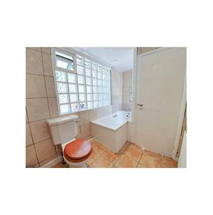 Lovely Flat In Residential Road In West Hampstead photos Exterior