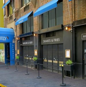 Blakely New York photos Exterior