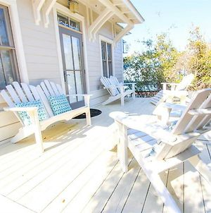 A Little Beachy By Redawning photos Exterior