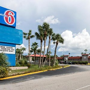 Motel 6 Spring Hill Weeki Wachee photos Exterior