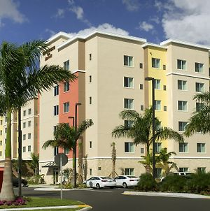 Residence Inn By Marriott Miami Airport West/Doral photos Exterior