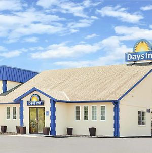 Days Inn By Wyndham Des Moines Merle Hay photos Exterior