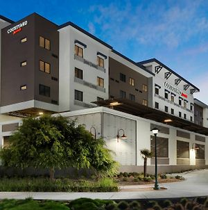 Courtyard By Marriott Redwood City photos Exterior