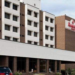 Ramada Plaza By Wyndham Hagerstown photos Exterior