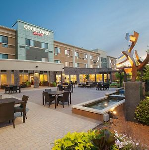 Courtyard Mankato Hotel & Event Center photos Exterior