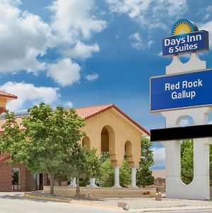Days Inn & Suites By Wyndham Red Rock-Gallup photos Exterior