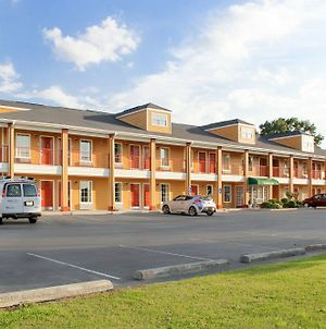 Quality Inn Albertville Us 431 photos Exterior