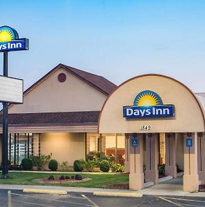 Days Inn By Wyndham Grove City Columbus South photos Exterior
