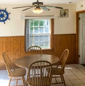 3 Bed 1 Bath Vacation Home In West Yarmouth photos Exterior