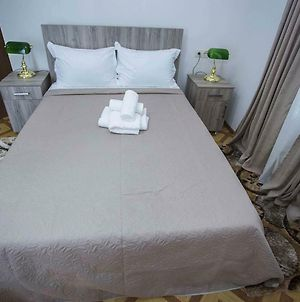 Wonderful Large Double Room In The City Center Of Batumi photos Exterior