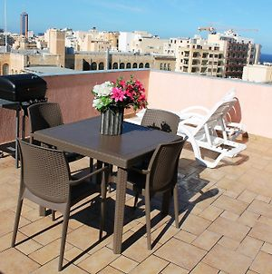 Blue Waters 2 Bedroom Penthouse, With Large Outside Terrace In Sliema photos Exterior