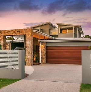 Stonecutters 2 - Family Home In The Heart Of Byron photos Exterior