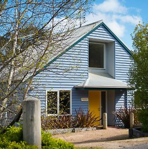 Boatshed Villa Yellow Door photos Exterior