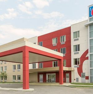 Motel 6 Airdrie, Ab photos Exterior