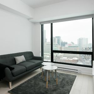 Airy 1Br In Downtown Mtl By Sonder photos Exterior