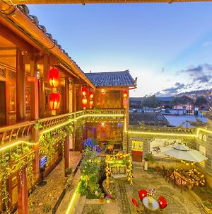 Lijiang Juxian Inn photos Exterior