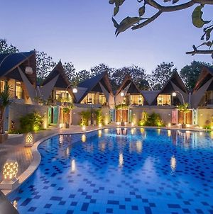 Dancing Villas Nusa Dua photos Exterior