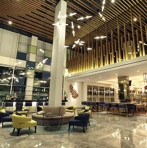 Swiss-Belinn Airport Surabaya photos Exterior