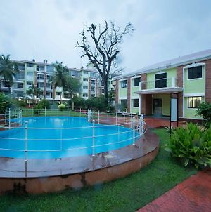 Oyo Stayout Morjim By The Bay photos Exterior