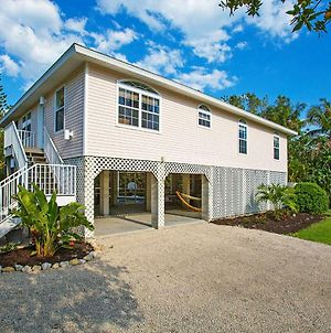 Stunning Newly Designed And Renovated Home Seconds To The Gulf Of Mexico photos Exterior