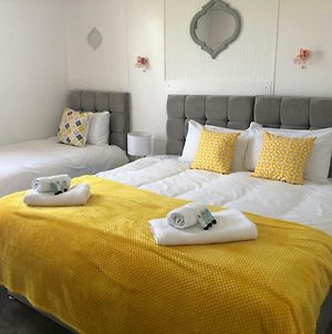 Kvm Sugar Way House By Kvm Serviced Accommodation photos Room