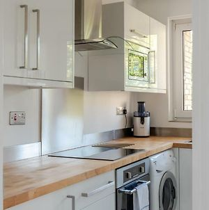 3Br Home For 5 In London By Guestready photos Exterior