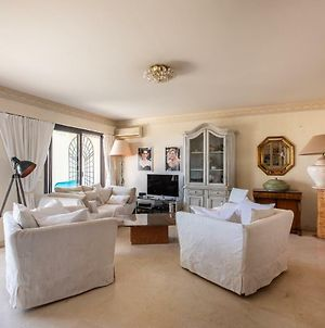 Vaneau - 3 Bedroom Apartment With Sea View And Huge Terrace photos Exterior