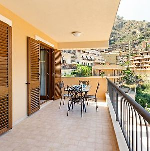 Calipso Seaview Flat With Private Parking photos Exterior