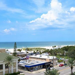 Belle Harbor 701W Luxury Condo With Panoramic Water View. 23088 photos Exterior