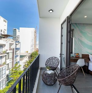Bespoke Beachfront Apartment photos Exterior