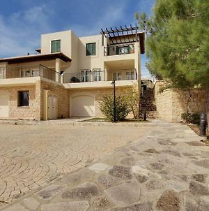 2 Bed Luxury Villa In Aphrodite Hills!! photos Exterior