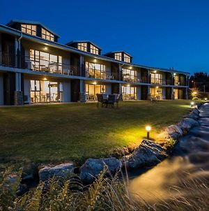 Clearbrook Motel And Serviced Apartments photos Exterior